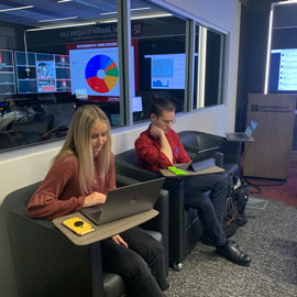 students in social media insight lab